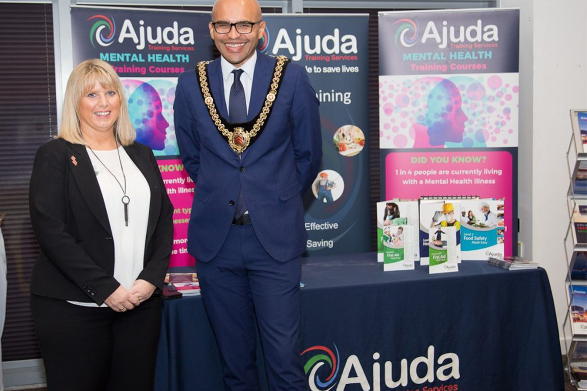 Ajuda CEO Dawn Evans and the Lord Mayor of Cardiff, Cllr De'Ath.